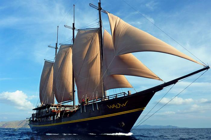 Waow liveaboard in Indonesia
