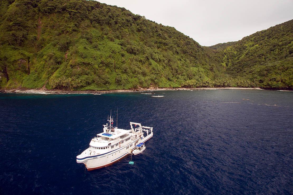 Argo liveaboard Cocos Island
