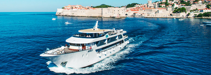 13 adventure cruise ships in croatia for Luxury small cruise lines
