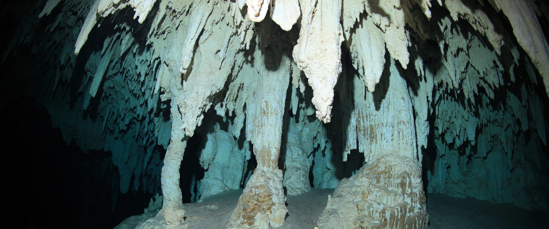 Tauchsafari Chandelier Caves